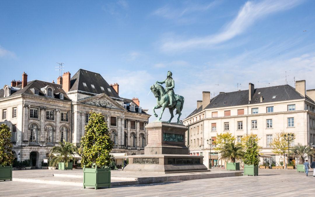 Régionales 2021 : Et si la droite et le centre remportaient le Centre-Val de Loire ?